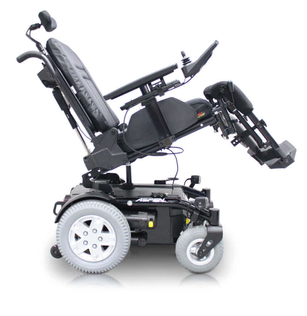 Aspen Power Tilt - Elderly with mobility scooterElderly with mobility scooter - PowerChairs